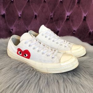 Comme des Garçons Play off white Converse sneakers